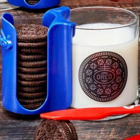 oreo cookie mug with cookie holder