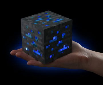 Minecraft Light-Up Diamond Awesome