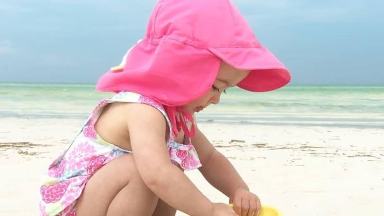 sweet sunhat for babies